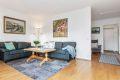 Stuen har fine muligheter for en hyggelig sofagruppe