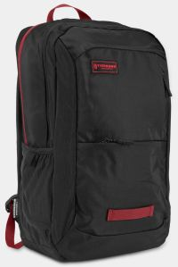 Front facing view of the Timbuk2 Parkside