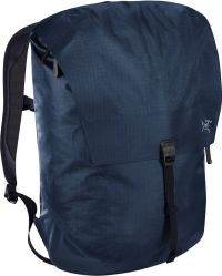 Front facing view of the Arc'Teryx Granville 20
