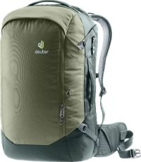 Front facing view of the Deuter Aviant Access 38