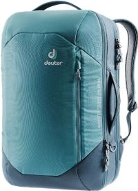 Front facing view of the Deuter Aviant Carry On 28 SL