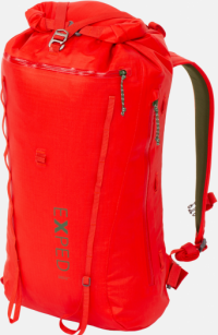 Front facing view of the Exped Serac 25
