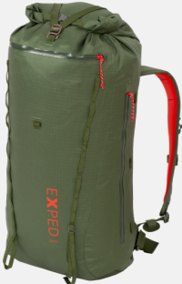 Front facing view of the Exped Serac 35