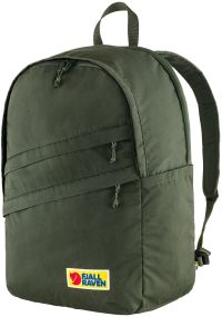 Front facing view of the Fjallraven Vardag 28