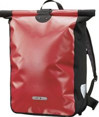 Front facing view of the Ortlieb Messenger Bag