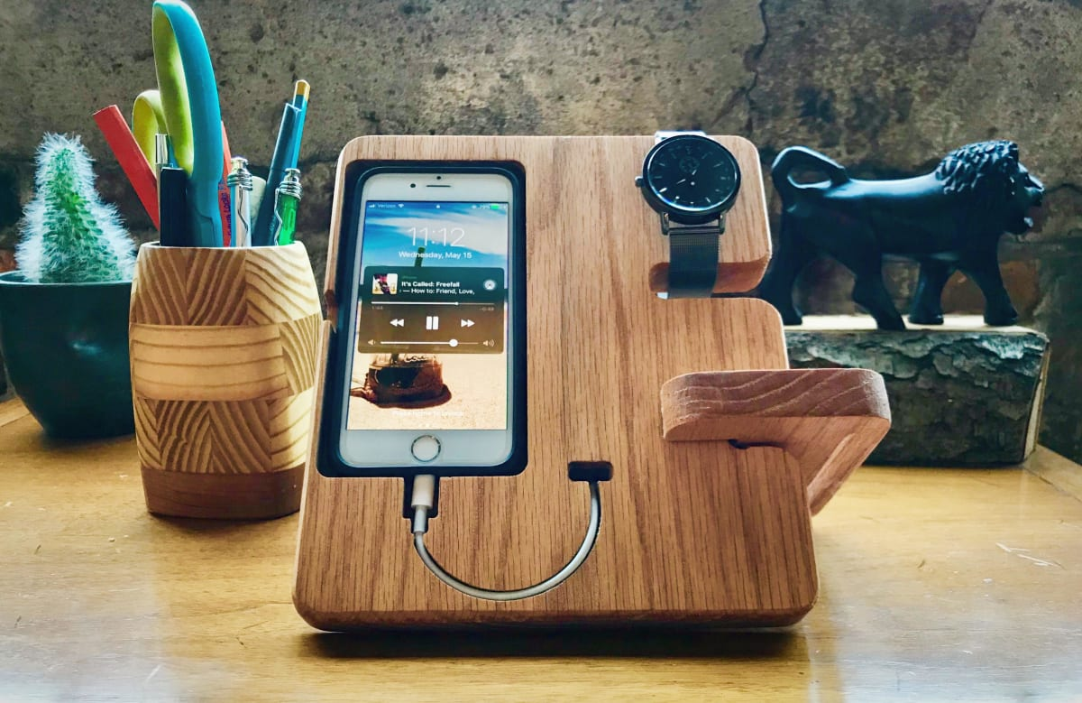 Designing in VCarve (Desk Phone Holder)
