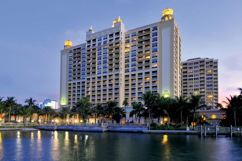 Astounding The Ritz Carlton Sarasota Ocean Florida Theyellowbook Wood Chair Design Ideas Theyellowbookinfo