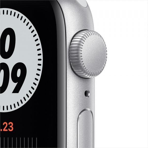 Apple Watch Nike SE GPS 40mm Silver Alum Case Pure Platinum/Black Nike Sport Band (EOL) 1