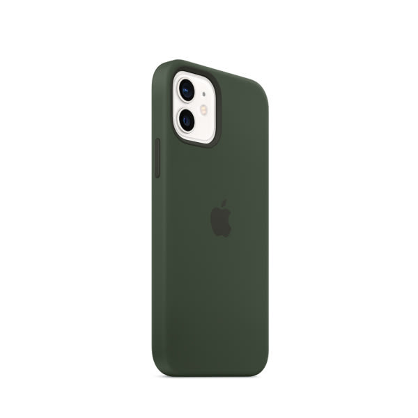 Apple iPhone 12   12 Pro Silicone Case with MagSafe - Cypress Green (EOL) 1