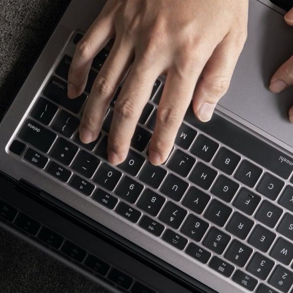 Moshi MacBook Air 2020 ClearGuard Keyboard Protector 1