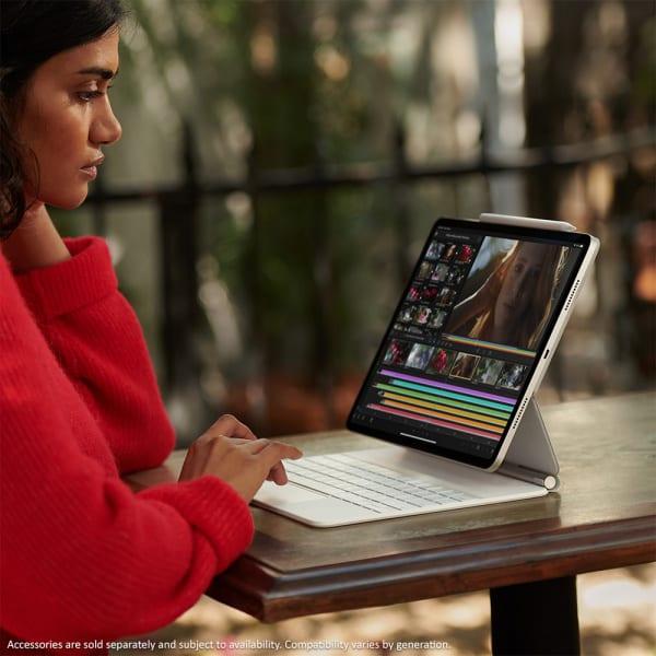 Apple iPad Pro 11 (3rd Gen) Wi-Fi 128GB Silver  4