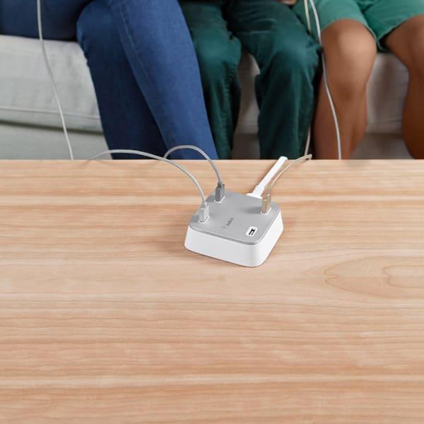 BELKIN Family Rockstar 4 Port USB Charger - White 4