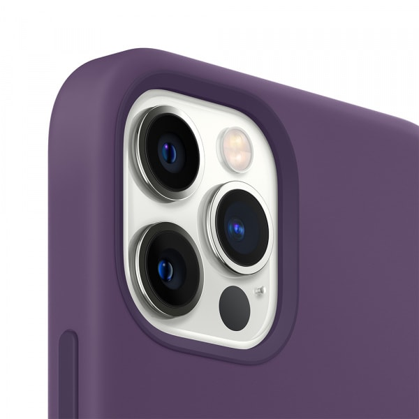 iPhone 12 Pro Max Silicone Case with MagSafe - Amethyst 2