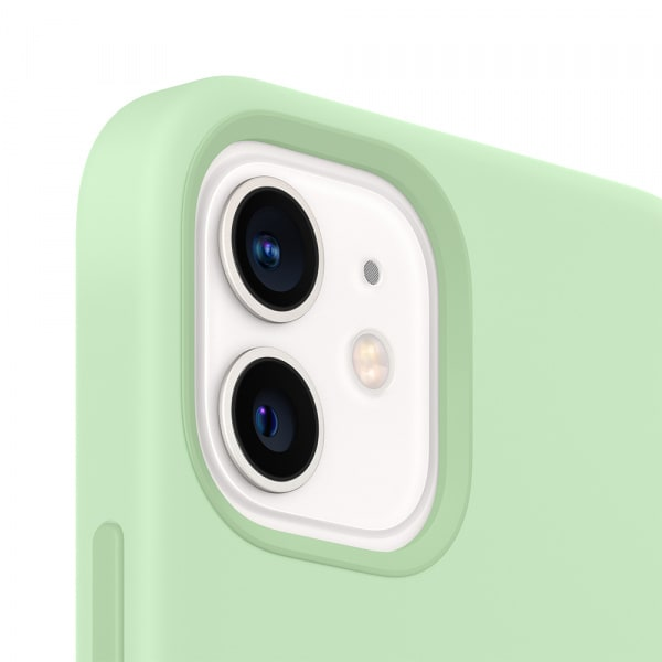 iPhone 12 | 12 Pro Silicone Case with MagSafe - Pistachio 1