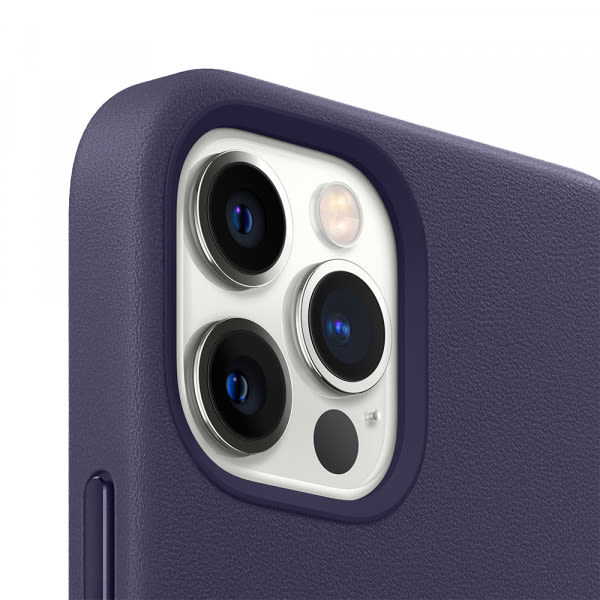 iPhone 12 Pro Max Leather Case with MagSafe - Deep Violet 2