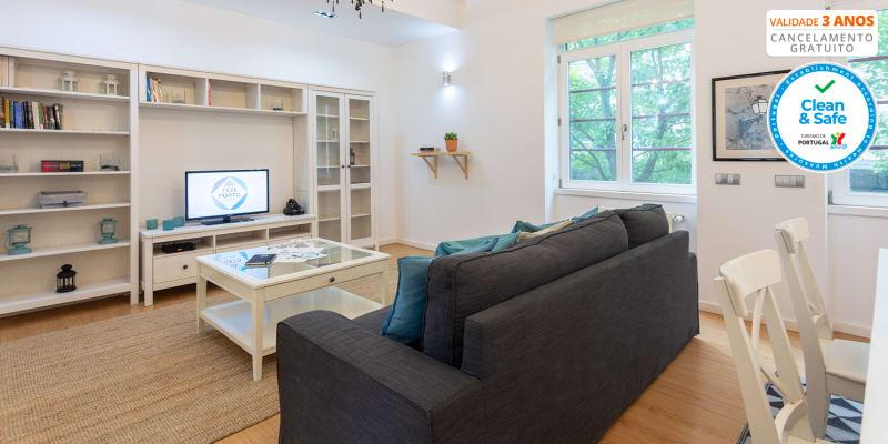 Feel Porto Downtown Essence | Noites em Apartamento para 5 Pessoas com Opção Passeio de Barco
