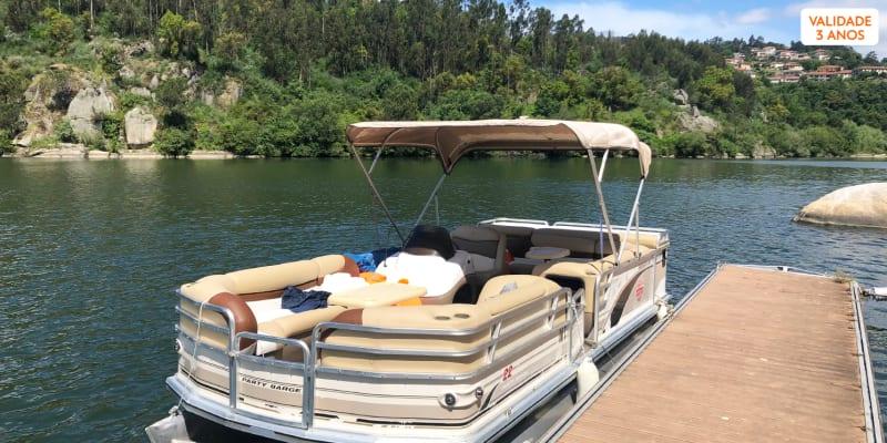 Passeio de Barco no Rio Paiva com Visita à Ilha dos Amores - Até 7 Pessoas   Castelo de Paiva