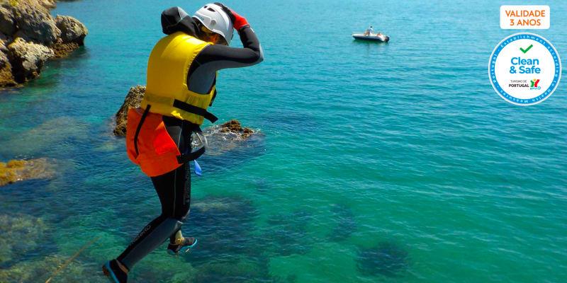 Coasteering no Portinho da Arrábida | 4 Horas - Into the Nature | 1, 2 ou 4 Pessoas