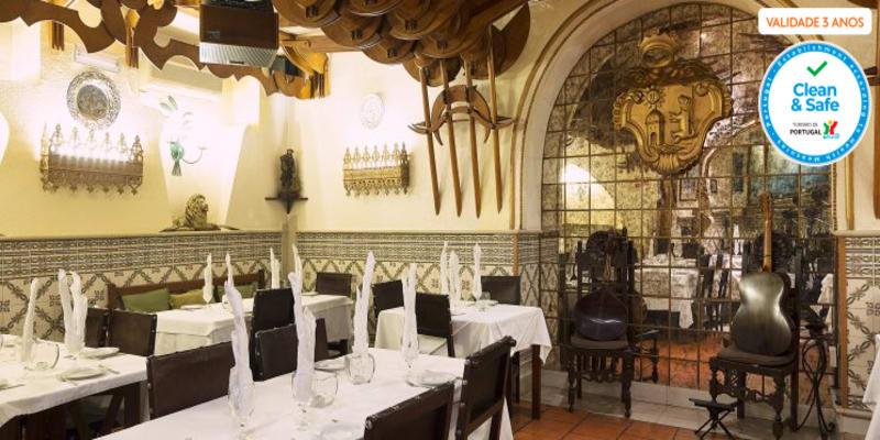 Jantar Romântico & Fado para Dois em Alfama | Taverna d´el Rey