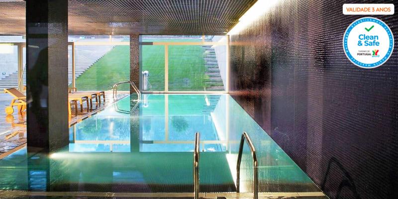 Hotel Quinta das Lágrimas 5*- Coimbra   Escapadinha Romântica com Opção Jantar e Massagem