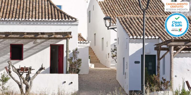 Aldeia da Pedralva Nature & Village - Vila do Bispo | Estadia em Casa com Opção Entradas em Parques