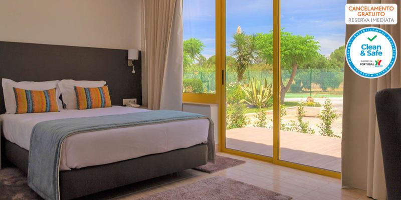 Hotel Pinhal do Sol - Quarteira | Estadia Romântica no Centro do Algarve com Opção Jantar e Entradas Parques