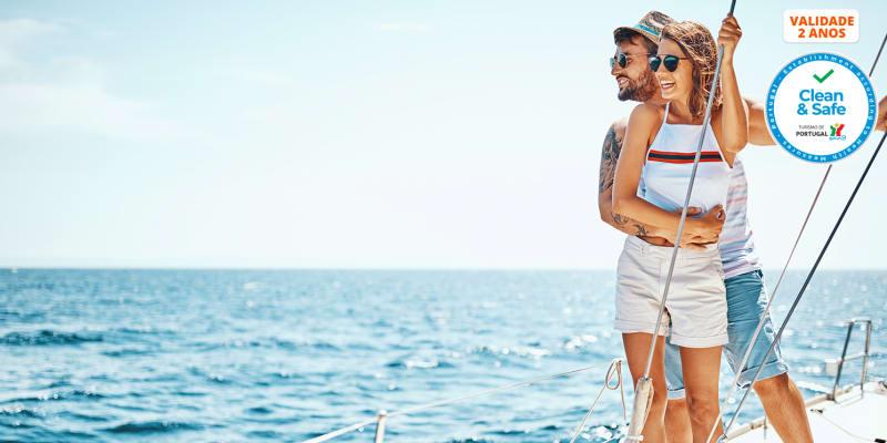 Passeio a Dois em Catamaran no Rio Tejo   2 Horas
