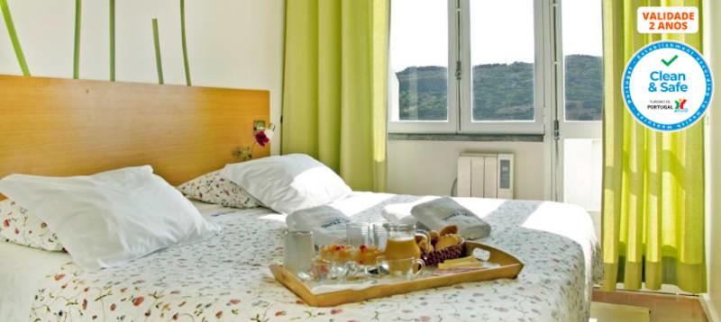 Sintra Sol - Praia das Maçãs | 2 ou 3 Noites em Apartamento