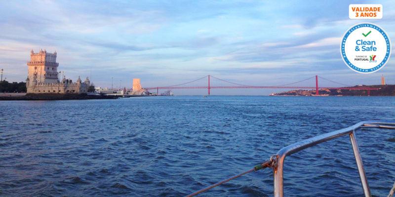 Passeio de Barco Romântico pelo Rio Tejo c/ Oferta de Copo de Vinho - 2 Horas | Rent a Boat