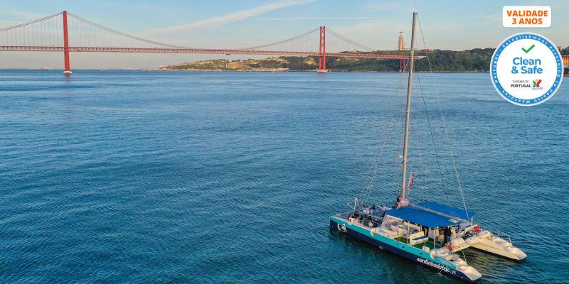 Tour de Catamaran no Tejo para 2 Pessoas - 1h30 | Sardinha do Tejo