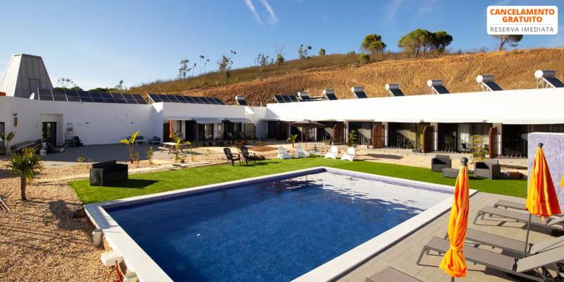 A.TI.TUDO Nature - Portimão | Estadia a Dois no Algarve c/ Opção Massagem e Aula de Yoga