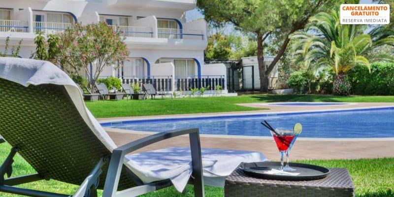 Carvoeiro Hotel 4* - Praia do Carvoeiro | Férias em Apartamento T1 Junto à Praia