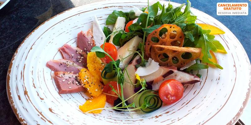 Cozinha Mediterrânea & Japonesa   Restaurante Sea View Rooftop - Porto Moniz