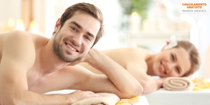 Massagem com Óleos Essenciais ou Velas Quentes para Dois - 14 Maio   Corpus Slim - Amoreiras