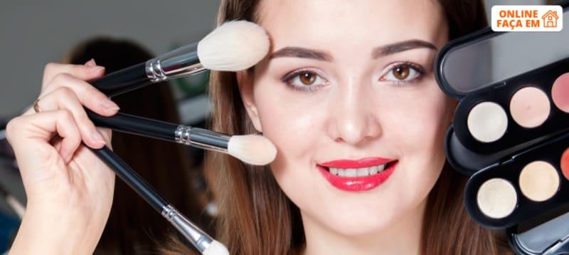 Curso de Maquilhagem Online c/ Avaliação | Torne-se Expert!