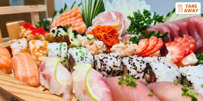 Combinado 50 Peças de Sushi & Sashimi para Dois   Entrega em Casa ou Take-Away - Costa Caparica