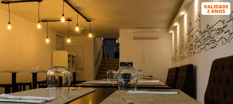 Sabores de Fusão e Bom Vinho para Dois   ÉvoraTaste Tapas & Wine House