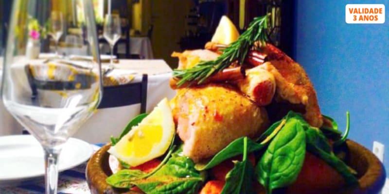 Tajine de Frango ou Peixe c/ Menu Completo para Dois   Deliciosa Tradição no Bistrô Yours