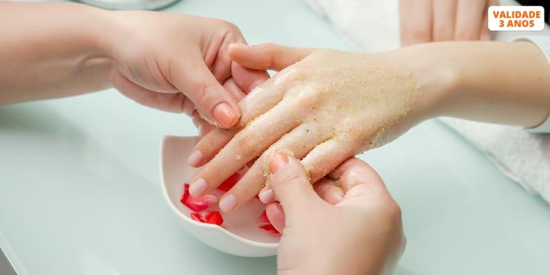 Manicure com Massagem e Esfoliação de Mãos - 1 ou 2 Pessoas | Secret Look - Bairro Azul