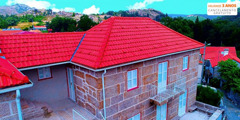Casas de Castro Laboreiro – Gerês | Estadia na Natureza com Visita Museu & Opção SUP ou Canyoning