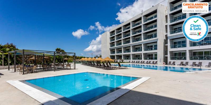 Hotel Aldeia dos Capuchos Golf & Spa 4* - Caparica   Verão a Dois com Meia-Pensão na Praia de S. João