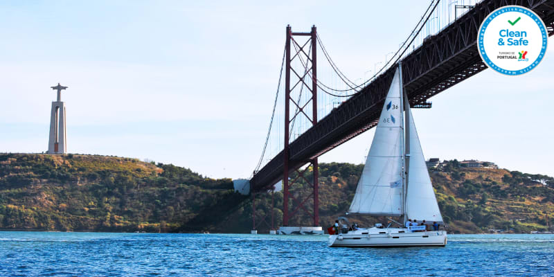 Passeio de Veleiro no Rio Tejo c/ Embarcação Exclusiva para 2 a 10 Pessoas | 2 Horas | Palmayachts