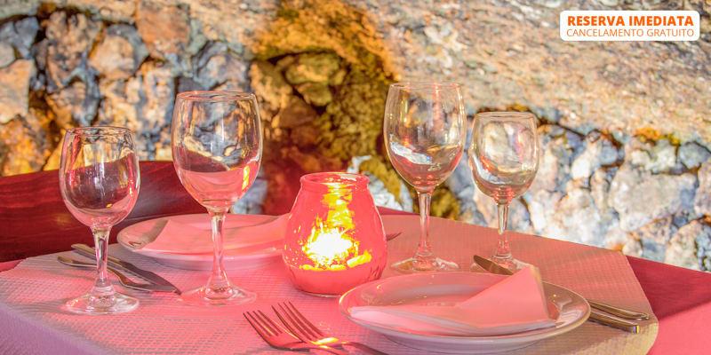 Gruta do Paraíso | Refeição Romântica em Alfama