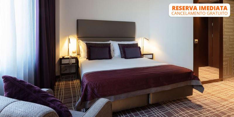 Neya Lisboa Hotel 4* | Estadia Romântica com Opção Jantar ou Massagem