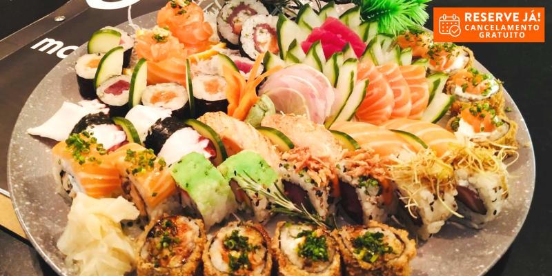 Irresistível! Sushi, Sashimi, Guiozas, Temakis e Sobremesa para Dois   Masaaki - Venda do Pinheiro