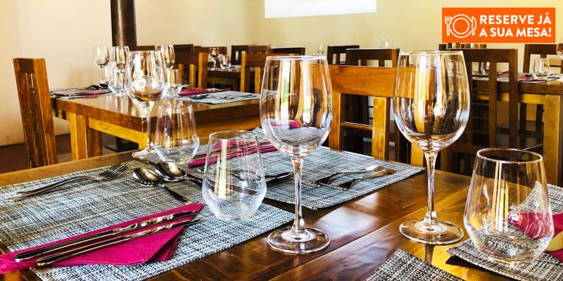 Jantar a Dois com Espectáculo de Fado - O Corrido | Lisboa