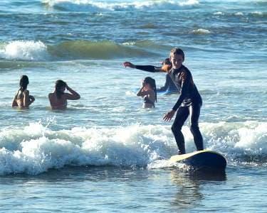 Aula de Surf em Vieira de Leiria para 1 ou 2 Pessoas | The Surfer´s Place