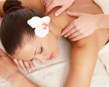 Massagem Relaxamento Aroma de Lótus   40 Minutos   2 Locais - Porto
