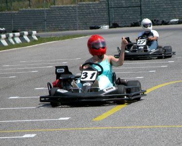 Karting 200 cc ou 270 cc no Kartódromo do Oeste - 15 ou 30 Min   1 ou 2 Pessoas   Bombarral