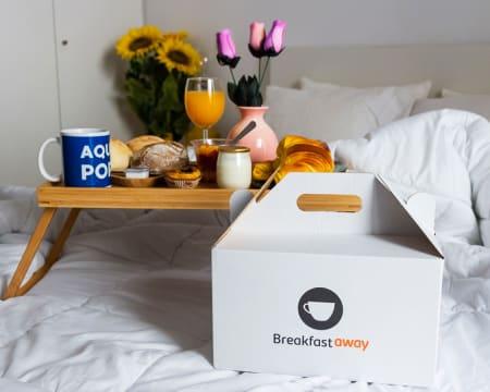 Entrega Grátis - Lisboa   Pequeno-Almoço de Hotel em Casa para Dois! Breakfastaway